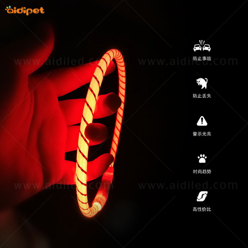 New Pet Supply Christmas Led Dog Collar with Reflective Silks Waterproof Pet Collar Led Light Up Use Dog Gift