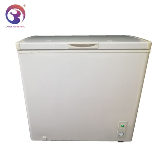 Wholesale Cheap One Single Door 5Cuft Chest Freezer with Lock and Light