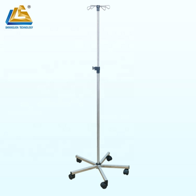 Mobile infusion stand with big base