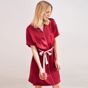 Super Soft 100% Mulberry Silk Stain Night Gown Robe