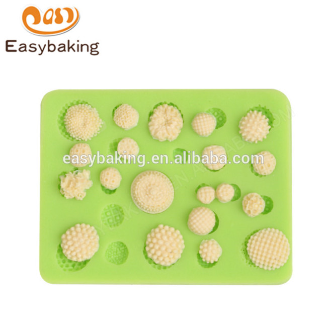 Newest design promotion 73*57*7 flower shape silicone bake mold