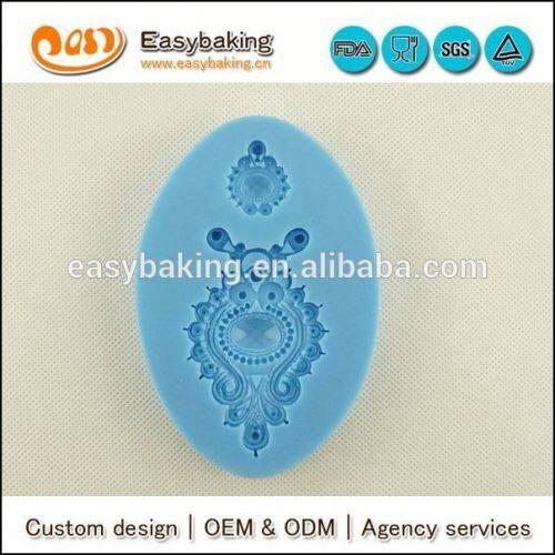 Fondant Blue Color Silicone Sugarcraft Mould Jewelled Crest Brooch Mould