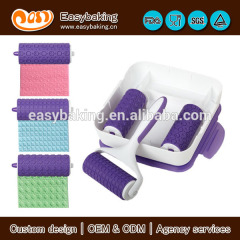Special gifts embossing roller for fondant cake decorating tools