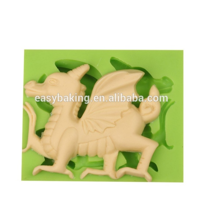 100% food grade custom silicone soap molds dragon candle mold