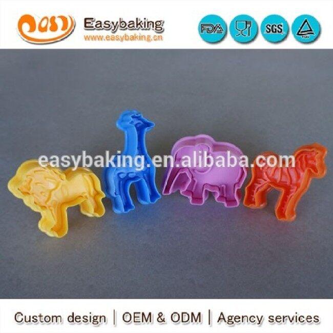 Custom DIY baking 4pcs animal 3d plunger cookie cutter fondant plastic dessert decorators