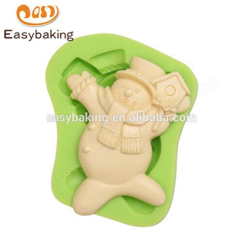 Factory custom new design eco-friendly cake molds for christmas