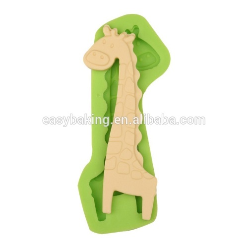 Lovely giraffe shape silicone mold for candy or candle cake decorating