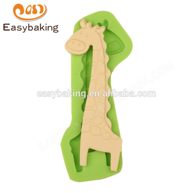Factory custom simple design 104*57*9 cheap silicone mold for baking
