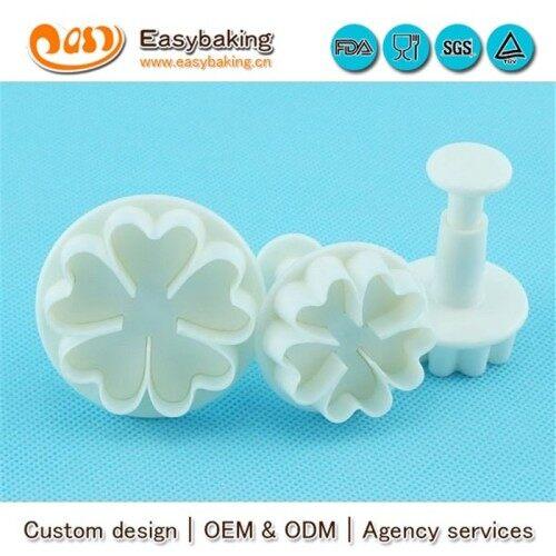 Kitchenware Supplier Cake Decorating 5 Heart Flower Plunger Cutter