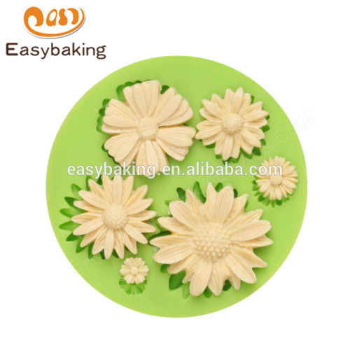 New design best selling customized food grade flower shape silicone