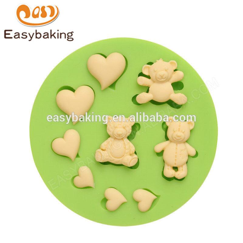 Wholesale high quality custom teddy bears love hearts silicone molds