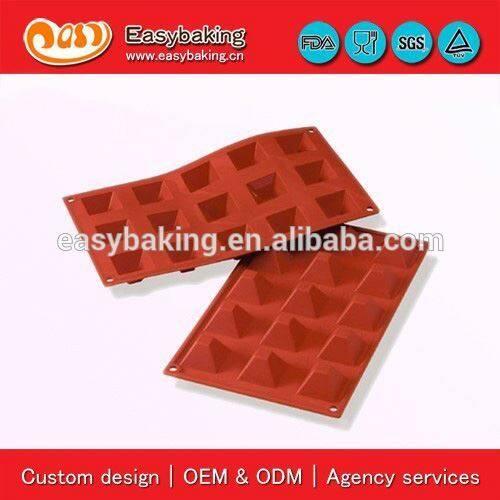 15 Cavities Pyramids Bakeware Silicone Cake Mold