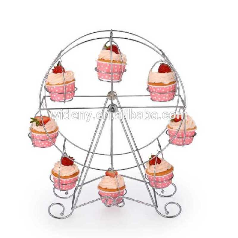 New products Customized Revolving white metal fountain cake stand