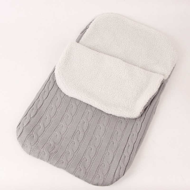 Cotton padded against cold kick-proof newborn baby sleeping bag