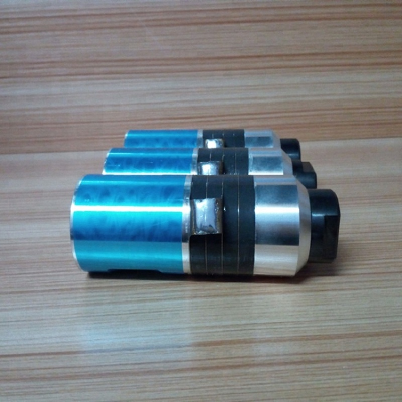 1500W 15khz High Power Ultrasonic Welding Transducer with booster for plastic welding machine