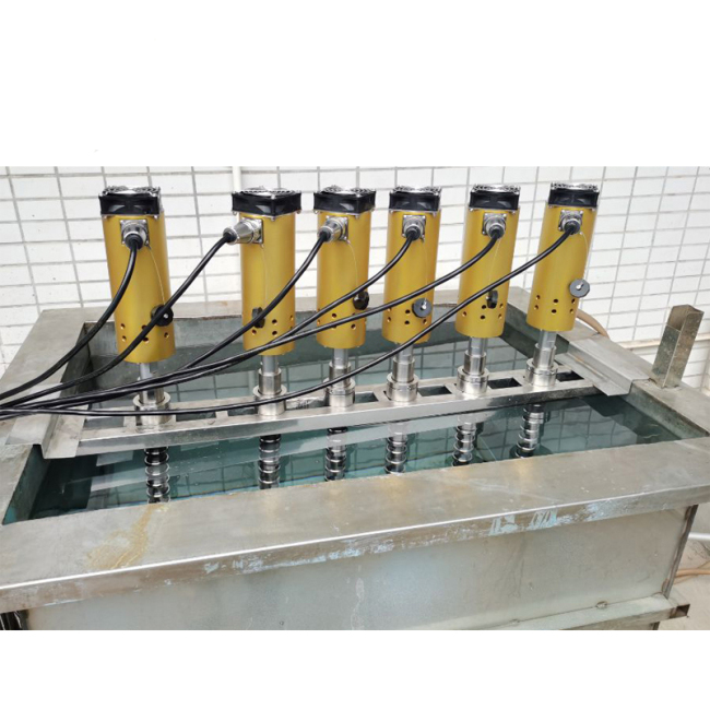 Titanium Alloy Ultrasonic Homoginizer Probe 2000W With Generator For Food Processing Factory