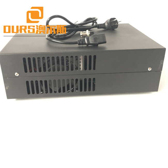 Ultrasonic Welding Transducer For Driving Power Supply 2000W Ultrasonic Plastic Welding Generator
