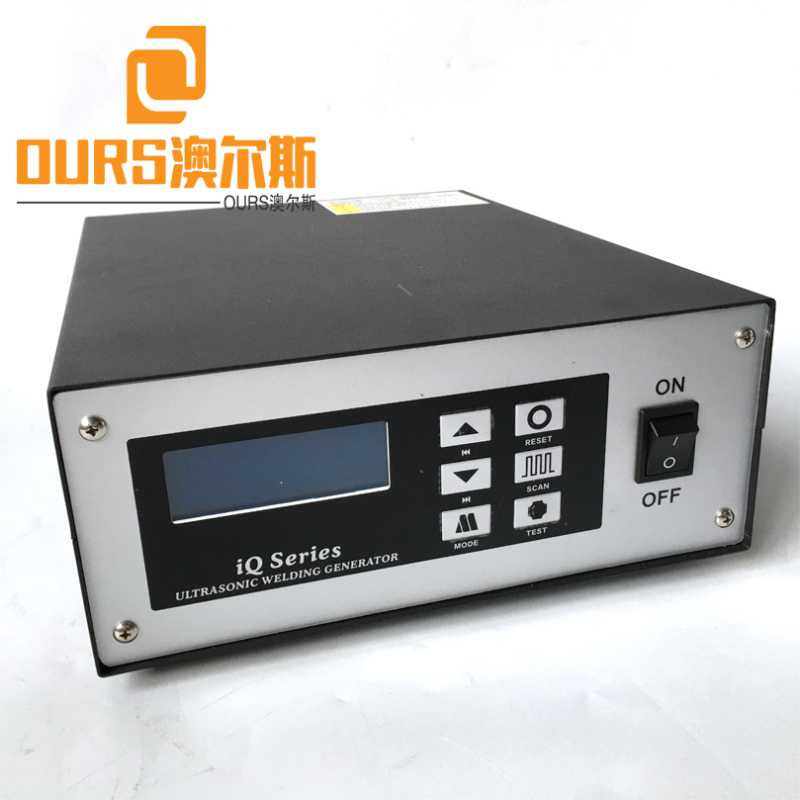 Factory Supply 20KHZ 2000W Ultrasonic welding generator and horn for Surgical Outer Ear-Loop Mask Welding Machine Automatic