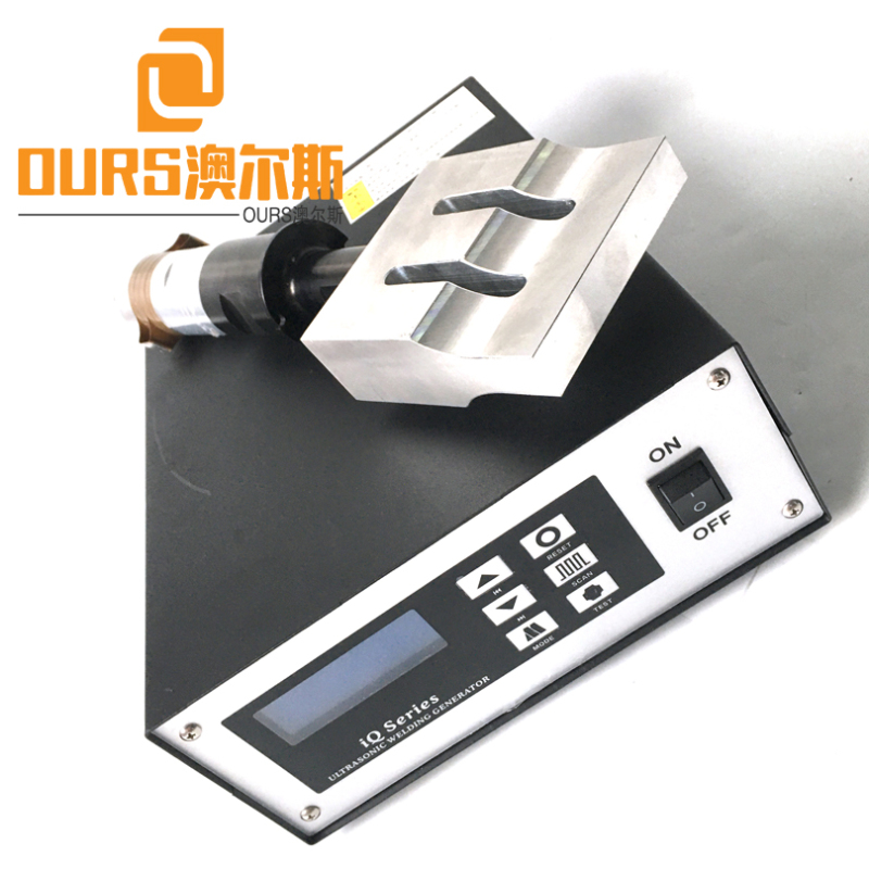 Best-selling Turkey and India 20khz 2000w Ultrasonic Welding Generator And Transducer for Ear Loop Face Mask Welding Machine