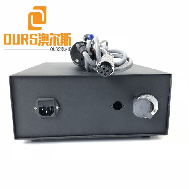 2000W/20khz China Manufacturer Ultrasonic Cutting Package Machine for ABS/PP/PC Handle/Becket