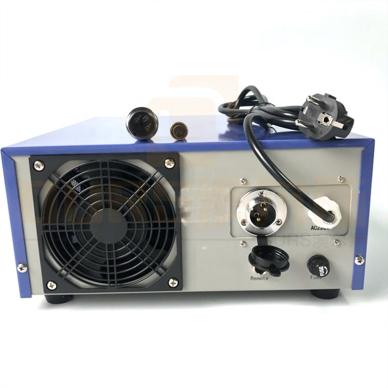 Lightweight Table Top Ultrasonic Cleaning Power Generator, Steel Ultrasound Generator For Automobile Parts Cleaning Tank 300W