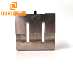 35KHZ 900W PZT8 Ultrasonic Welding Plastic Parts Create Seal
