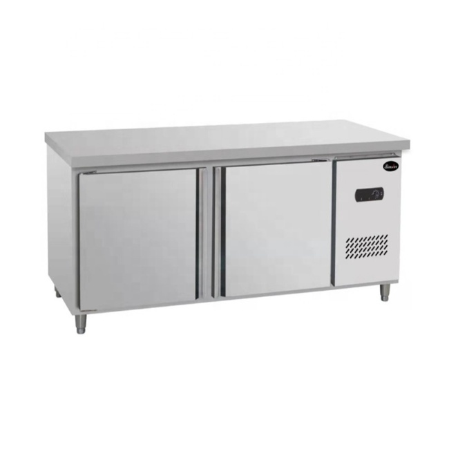 1.5m 1.8m Stainless Steel 2 Door Undercounter Refrigerator Restaurant Table Workbench Fridge Freezers With Wheels