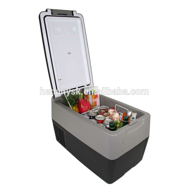 IS-Y30 High-Capacity Mini Car Refrigerator 12V24V Compressor Refrigeration With Pull Rod
