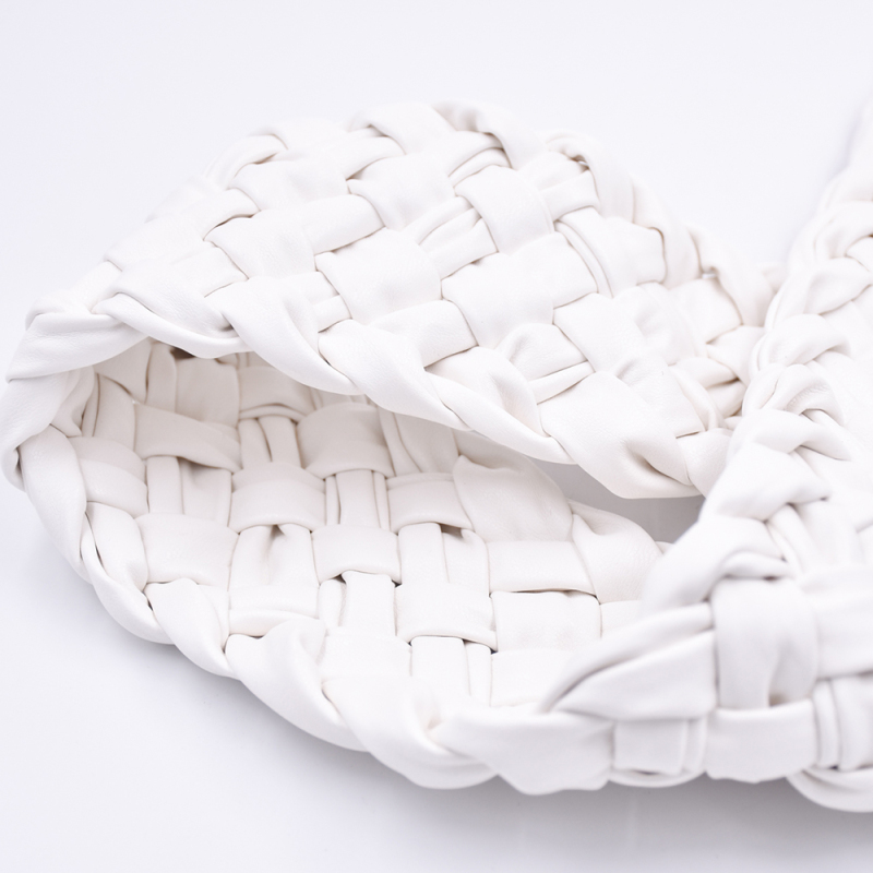 Custom Fashion Simplicity Pu Woven Hand-Made Faxu Leather Decoration For Slippers Sandals Women Shoes