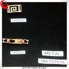 Новый дизайн металлической женской обуви с пряжкой для украшений