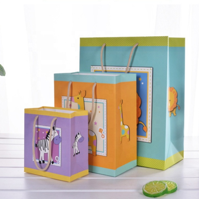 Custom cartoon animal pattern print paper gift bag for packaging