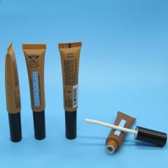 Plastic Lip Gloss Tube With Applicator DNTL-504