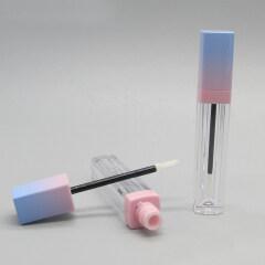 DNTL-512 Small Square Lip Gloss Tube Sample with Brush