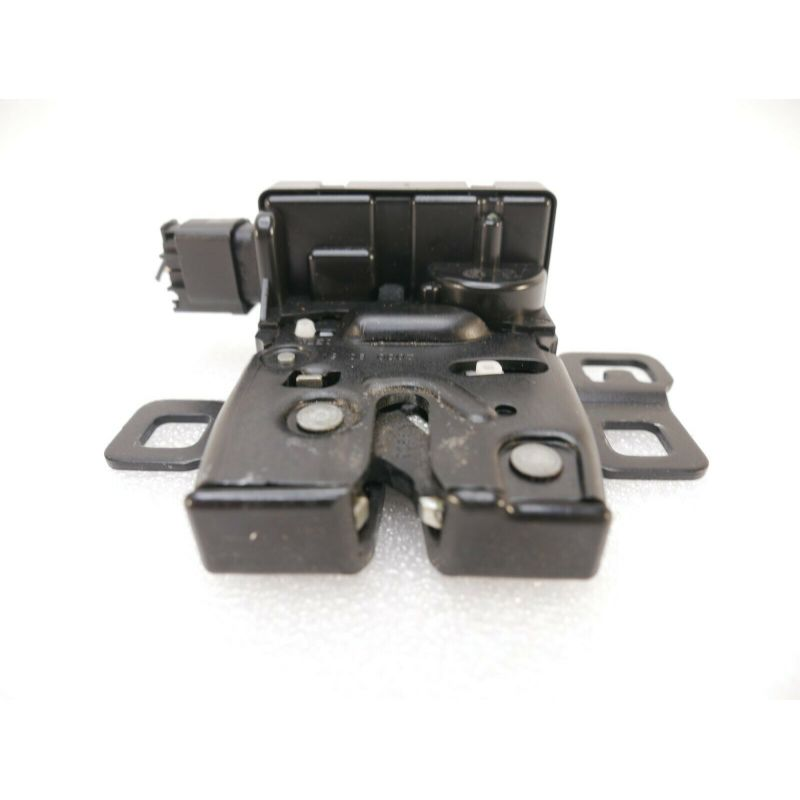 lock Actuator  LAND ROVER TAIL GATE END DOOR GLASS LATCH.   FQR500170 For FOR RANGE ROVER SPORT 2006 TO 13. LR2 LR4 or Range Rover.