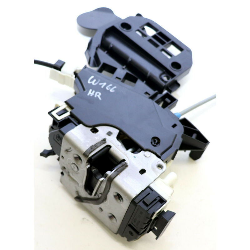 Door Lock Actuator  Rear Right  2047304035          For C(W204)2008-2014 E(W212)2010-2016GLK(X204)2011-2015   C(W204)2007-2013  C(S204)2010-2013E(W212)2009-2010GLK(X204)2008-2012