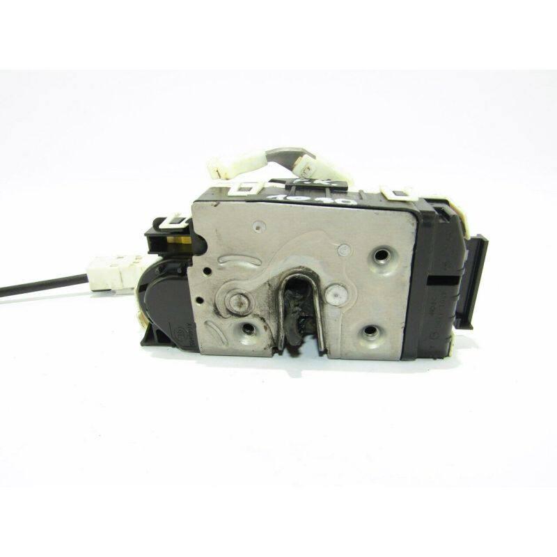 Door Lock Actuator  Front Left  A9067202135 For Sprinter 2500 (2010)Sprinter 3500 (2010)