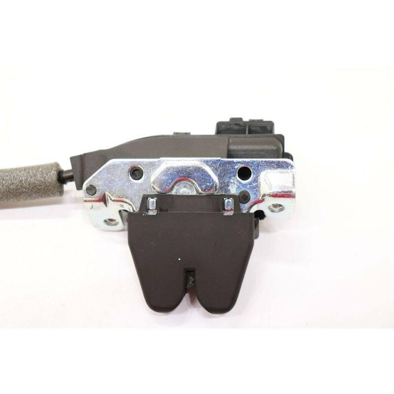Tailgate Latch  Tailgate  A2047500185 For C-W204W205E-W212W213CLA-W117CLS-W218