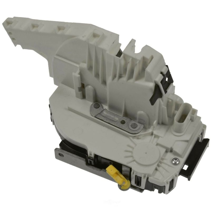 Lock Actuator  front left   4589913AB For 2017-11 200  2017-11 300  2017-11 Pacifica  2017-11 Dodge Charger  2017-11 Dodge Journey  2017-11 Jeep Cherokee