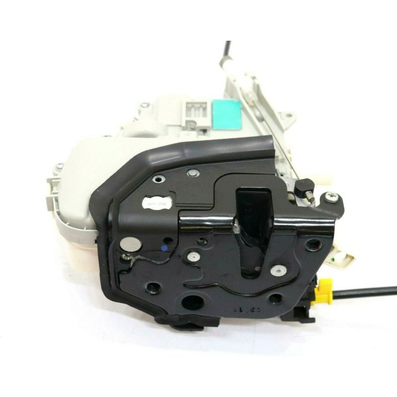 Lock Actuator  Front Left  8J1 837 015F For A1(11-14) AudiA4(10-15)Q3(12-15)