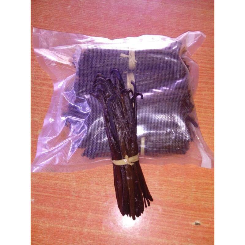 Best quality Madagascar premium dried Black vanilla beans