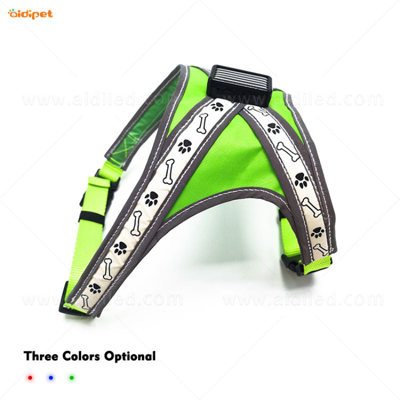 2021 new wholesale dog products led dog harness Pet Collar