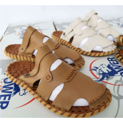 The first layer of leather beach shoes summer handmade casual men's leather sandals leather non-slip lightweight slippers