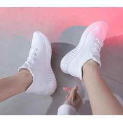 2019 summer new ins super fire Korean sports wind casual wild breathable mesh flying woven socks shoes