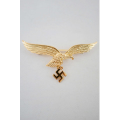 WWII German Metal Luftwaffe breast eagle - General