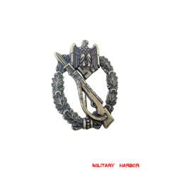 Infantry Assault Badge in Bronze