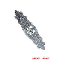 Close Combat Clasp in Silver (Antique Finish)