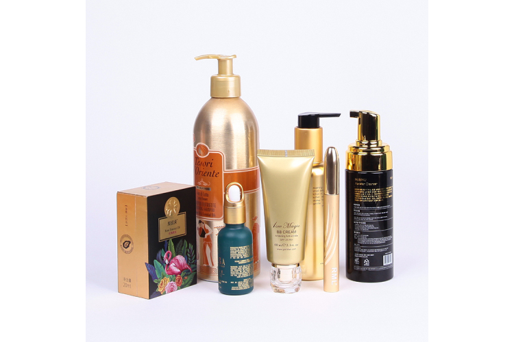Golden surface luxury skin care bottles packaging, luxury cosmetic packaging