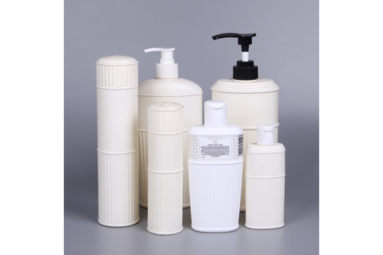 A set of  bath bottle for cosmetic use,environmental palstic bottle