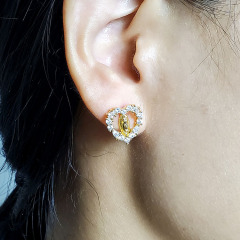 EC1597 Sparkly Bling Crystal Mary Jewelry Earring Collection Zircon CZ Diamond Pave Blessed Mother Mary Studs Earrings