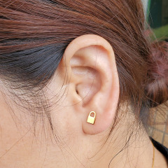 ES1047 High Quality Unisex Gold Plated 316L Surgical Stainless Steel Lock Charm Studs Earrings for Women Men
